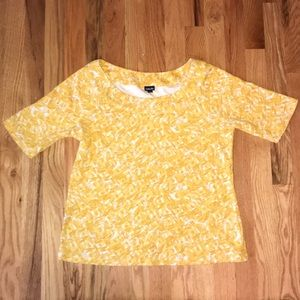 Yellow and cream pattern short sleeve top